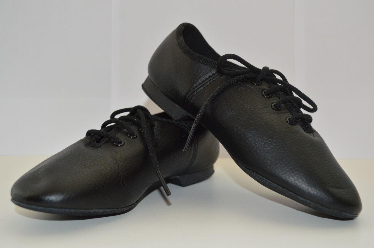 Чем хороши джазовки и чем выделяется обувь для танцев